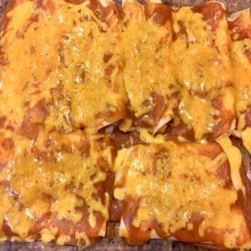 Meatless Monday Recipes: Cheese Enchiladas and Chili Gravy