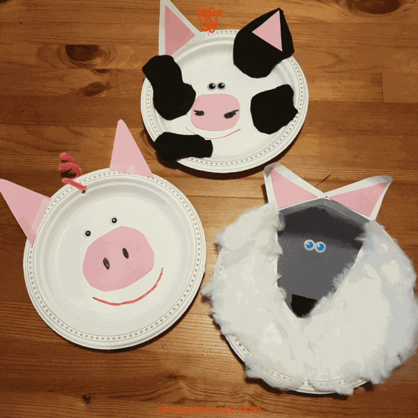 Paper plate pig, cow, and sheep examples of fun pretend play crafts for preschoolers.